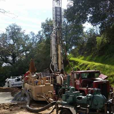 Drilling for water in Lake Sherwood, CA